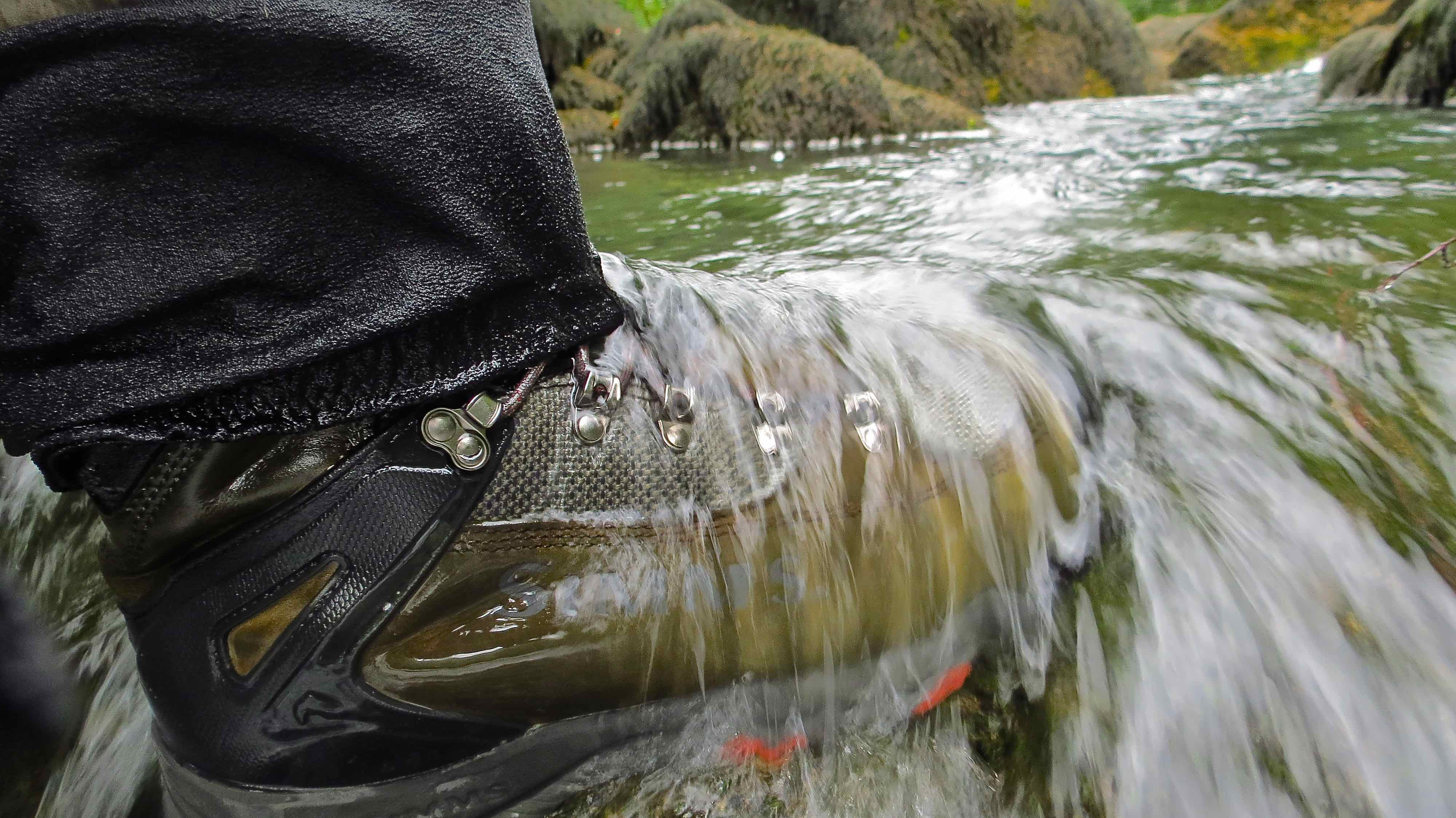 Fishing wading boots and studs for Simms fly fishing