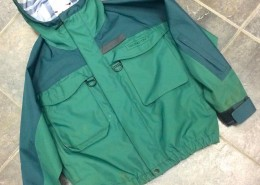 Redington Waterproof Breathable Jacket Size Small AA