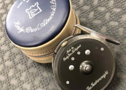 Hardy Classic Lightweight Series - The Featherweight Fly Reel c/w Zippered Vinyl Pouch - EXCELLENT CONDITION! - $185
