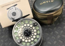 Orvis Made in England Battenkill BBS V Fly Reel - Titanium c/w WF8F & Original Box & Zippered Pouch - GREAT SHAPE! - $150
