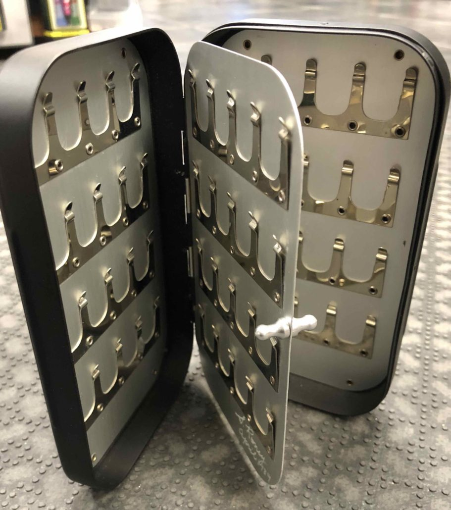 Richard Wheatley Aluminum Fly Box - Black Model #1642 - 5 Clip Swing Leaf - 80pc - GOOD SHAPE! - $45
