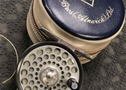 """Hardy Fly Reel - Made in England - Classic Lightweight Series - """"The Flyweight"""" c/w zippered Vinyl Case & DT2F - EXCELLENT CONDITION! - $175"""