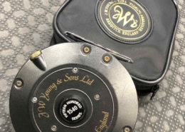 J.W. Young & Sons Ltd. Fly Reel - Redditch England - c/w Fly Line - 1540 Series - GREAT SHAPE! - $110